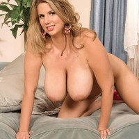 Juggs Joy Busty Clips Big