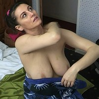 Saskia boob slip