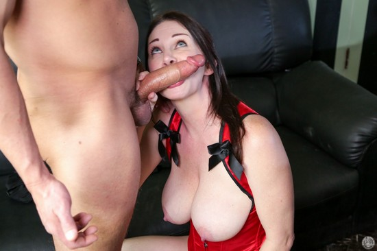 RayVeness Mommy Blows Best