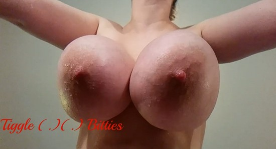 Big tits in slow motion