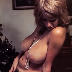 The big boobs of Virginia Bell in motion (Vintage Cuties)